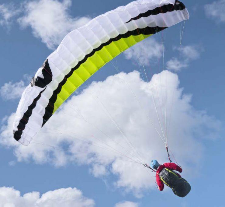 Parapente acrobatique 2016 à Annecy - Vignette