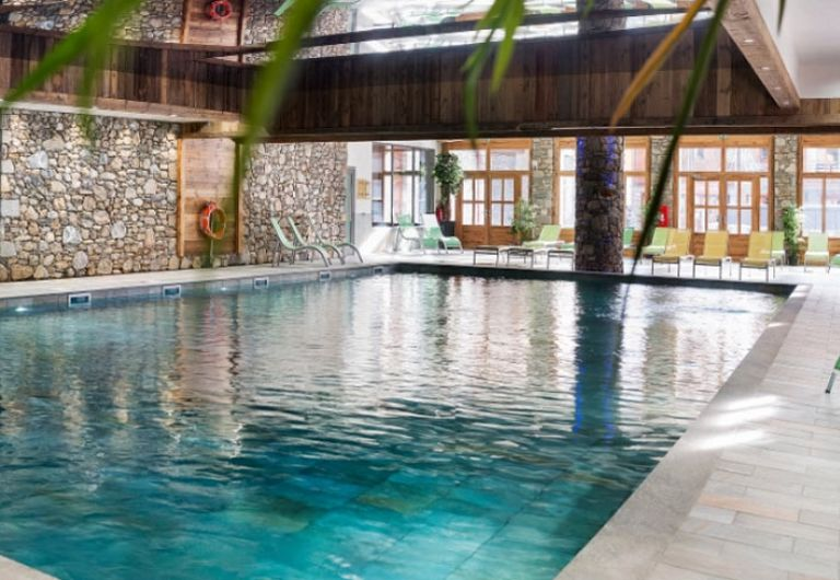 La piscine de la résidence - Le Lodge des Neiges à Tignes