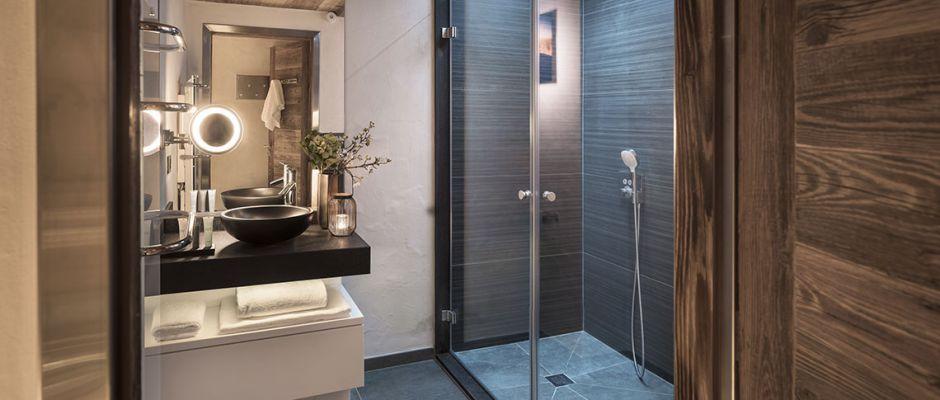 La salle de bain de l'appartement - Le Cristal de Jade à Chamonix