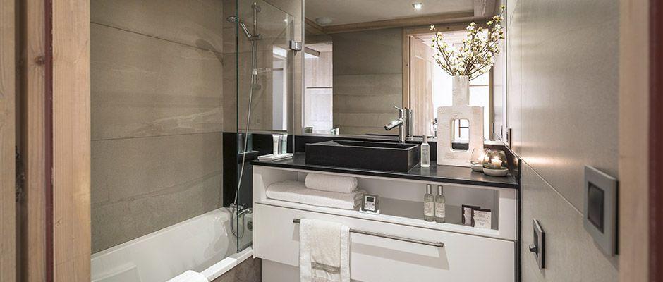 La salle de bain de l'appartement - Le Roc des Tours au Grand-Bornand