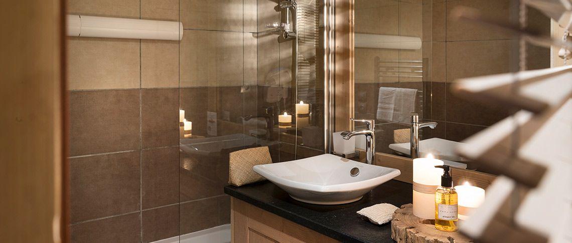 La salle de bain de l'appartement - Les Chalets d'Angèle à Châtel