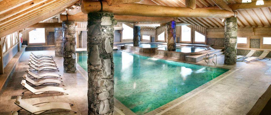 La piscine de la résidence - Le Chalet Anastasia à La Rosière