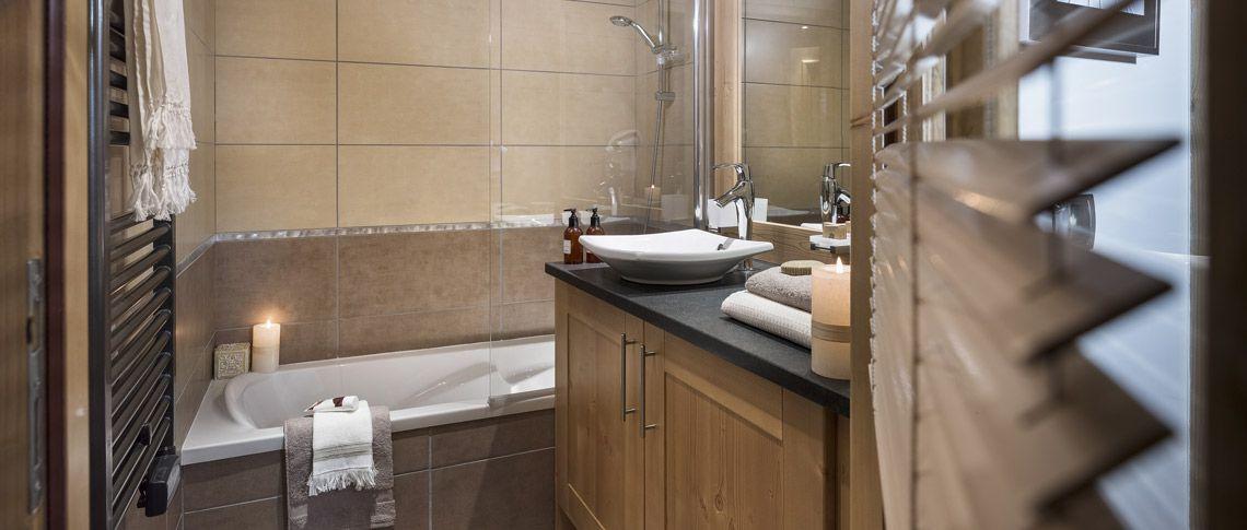 La salle de bain de l'appartement - Résidence Kalinda à Tignes